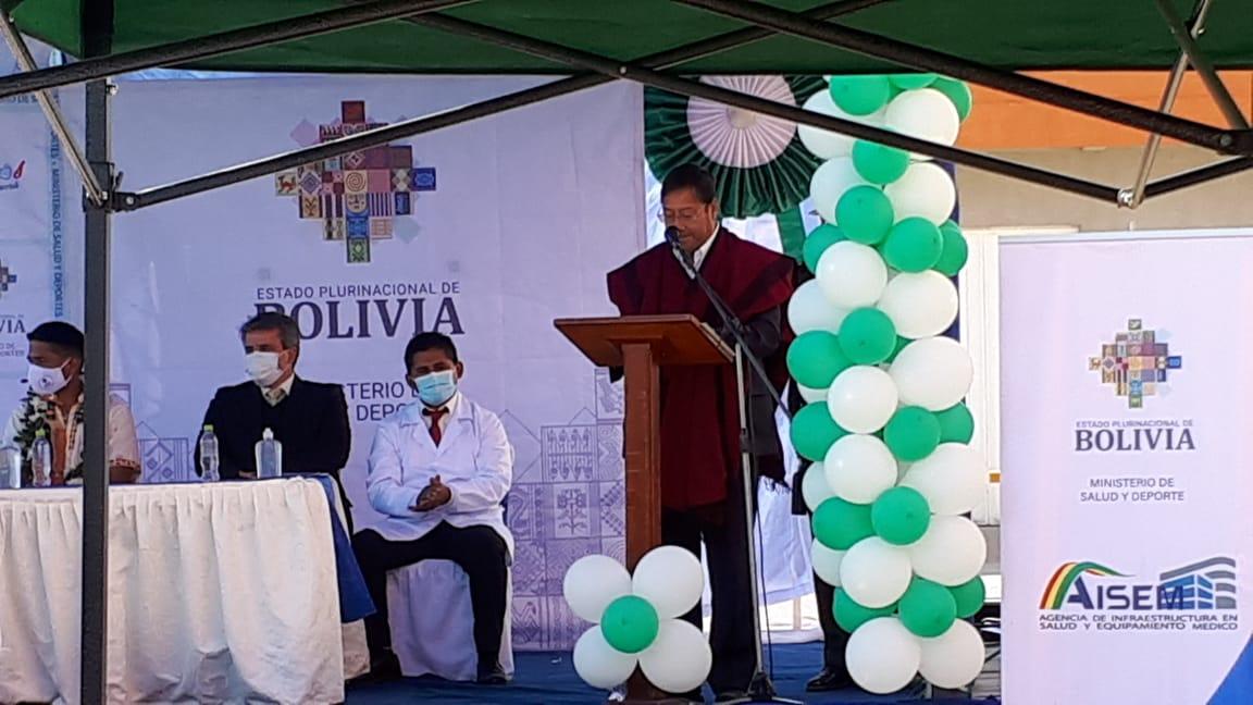 FIRMA DE CONTRATO PARA CONSTRUCCIÓN DE PLANTA DE OXÍGENO MEDICINAL PARA HOSPITAL DE YACUIBA